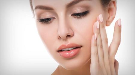 脸上干燥起皮怎么补救?